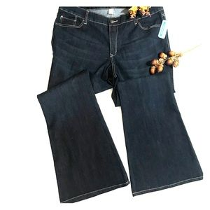Old Navy bootcut flare jeans dark wash 20 plus